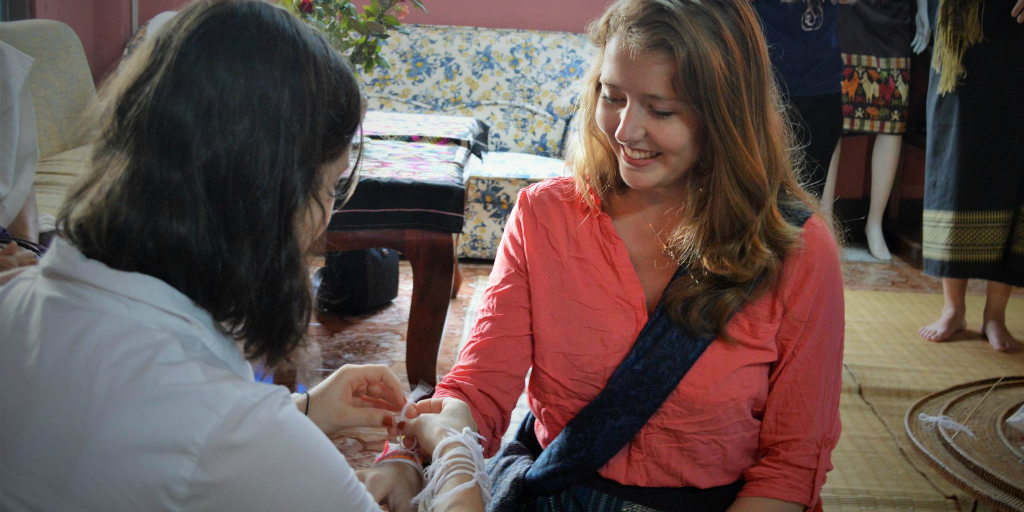 Teen volunteering in Laos