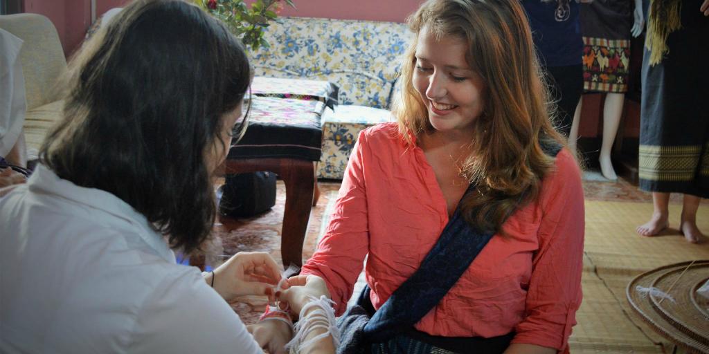 Teen volunteering in Laos