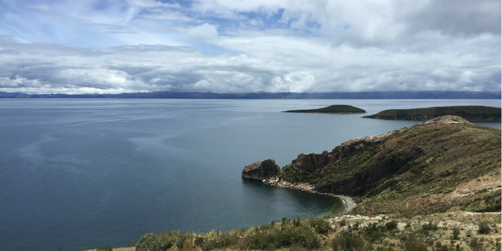Visit lake titicaca when you volunteer in peru