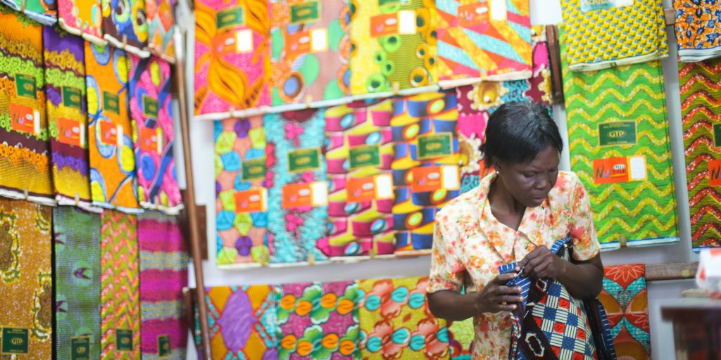 Volunteer programs for high school students in Ghana can be a great experience for teenagers