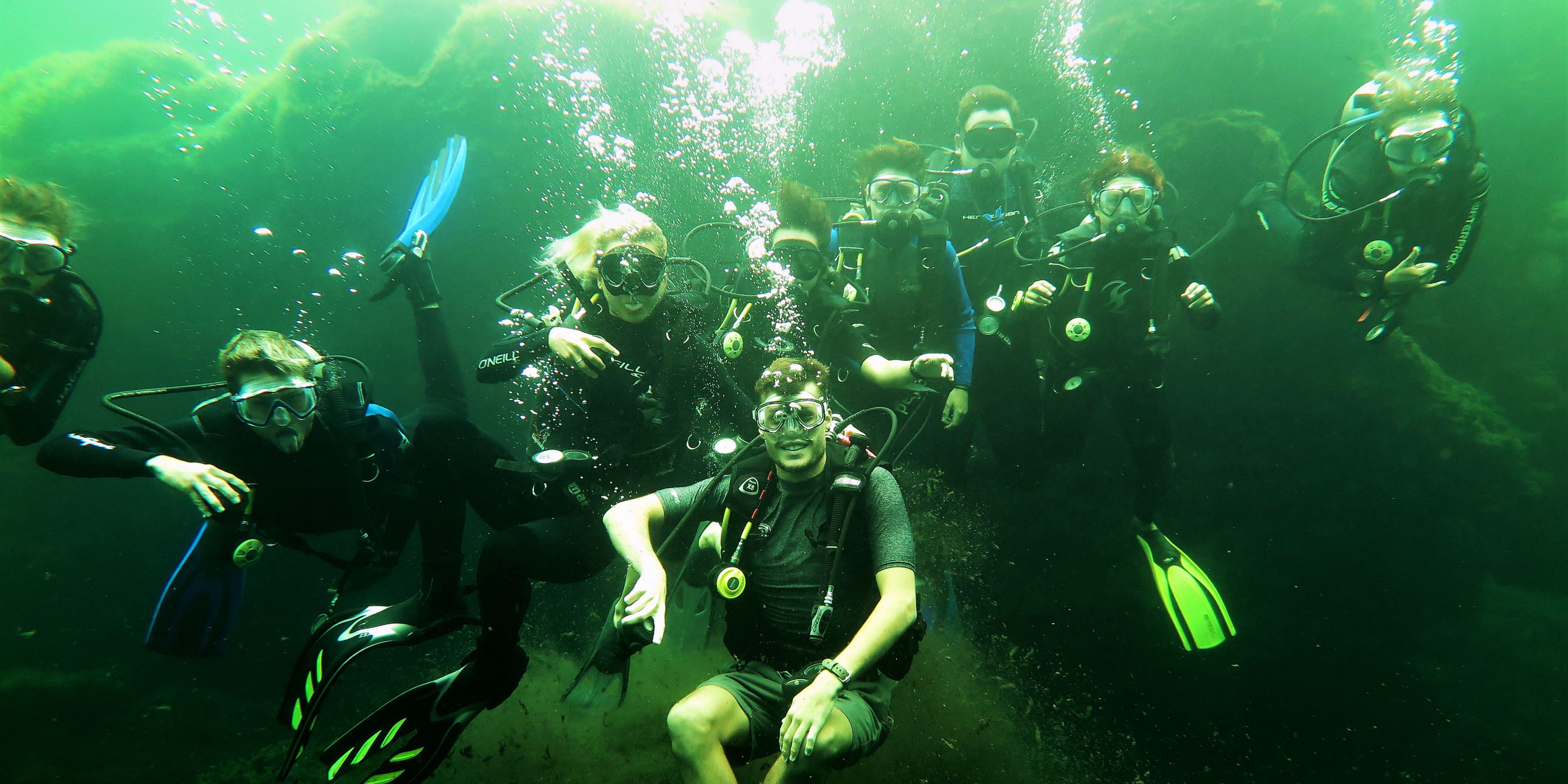 GVI participants complete mandatory dives as part of their PADI diving qualification, while working on marine conservation in Mexico.