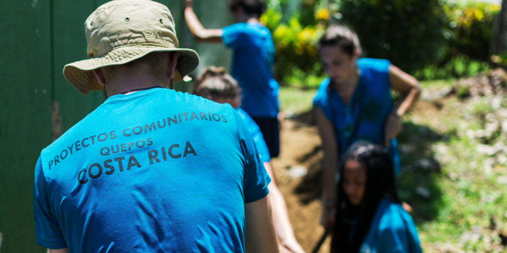 Make christmas volunteering worthwhile this festive season with programs in Costa Rica