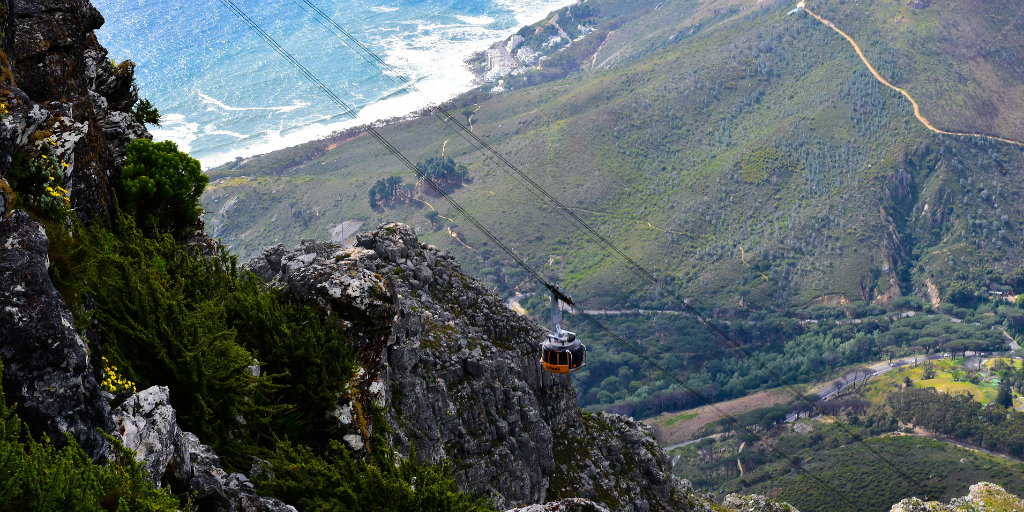 Climbing table mountain is a bucket list experience for many, as a volunteer in Cape Town you can experience Table Mountain in your free time