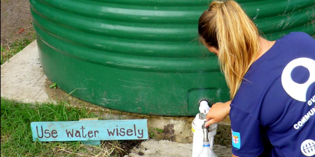 A GVI volunteer saving water.
